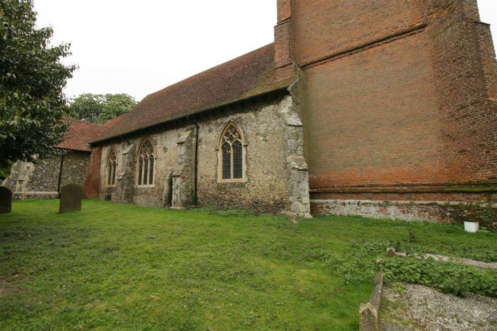 The Parish Church of Saint Andrew - church    Photo 6 of 10   Address: North Weald Bassett, Epping CM16 6AL, UK