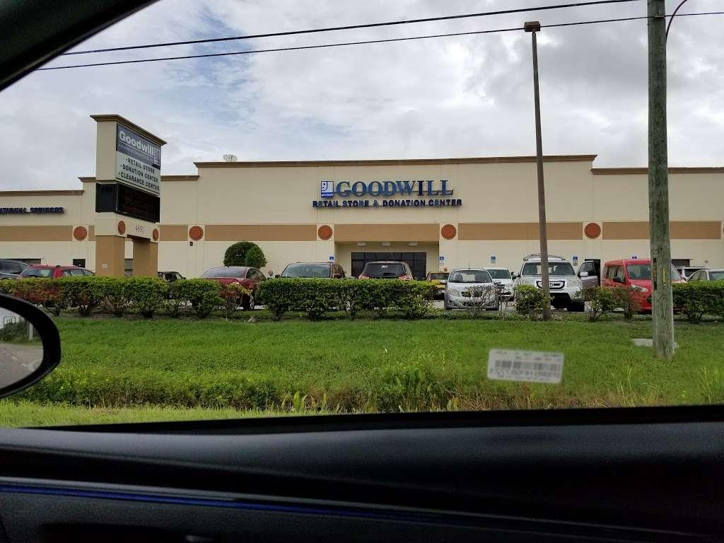 Goodwill - store  | Photo 10 of 10 | Address: 4851 US-1, Rockledge, FL 32955, USA | Phone: (321) 890-1441