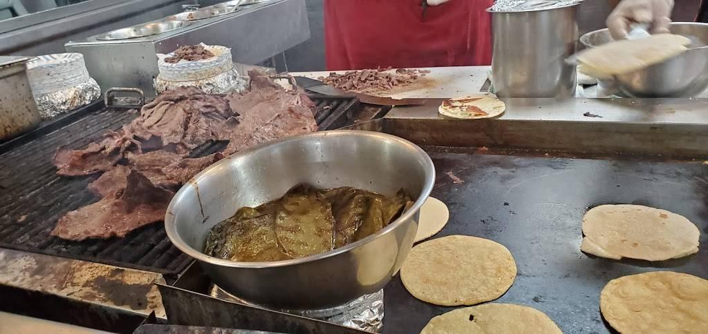 Robertos Taco Shop - restaurant  | Photo 10 of 10 | Address: 4955 E Craig Rd, Las Vegas, NV 89115, USA | Phone: (800) 970-5111