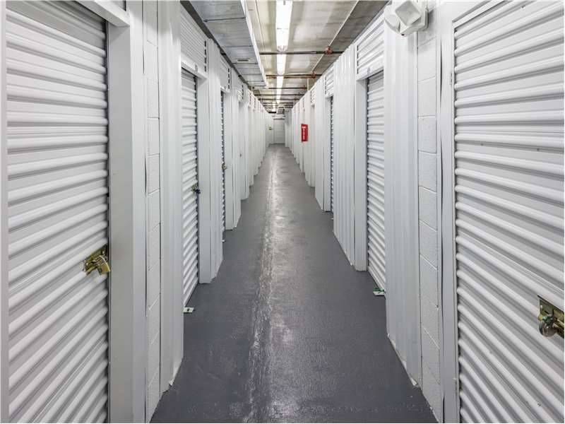 Extra Space Storage - moving company  | Photo 4 of 9 | Address: 1022 N Henry St, Alexandria, VA 22314, USA | Phone: (703) 548-8545