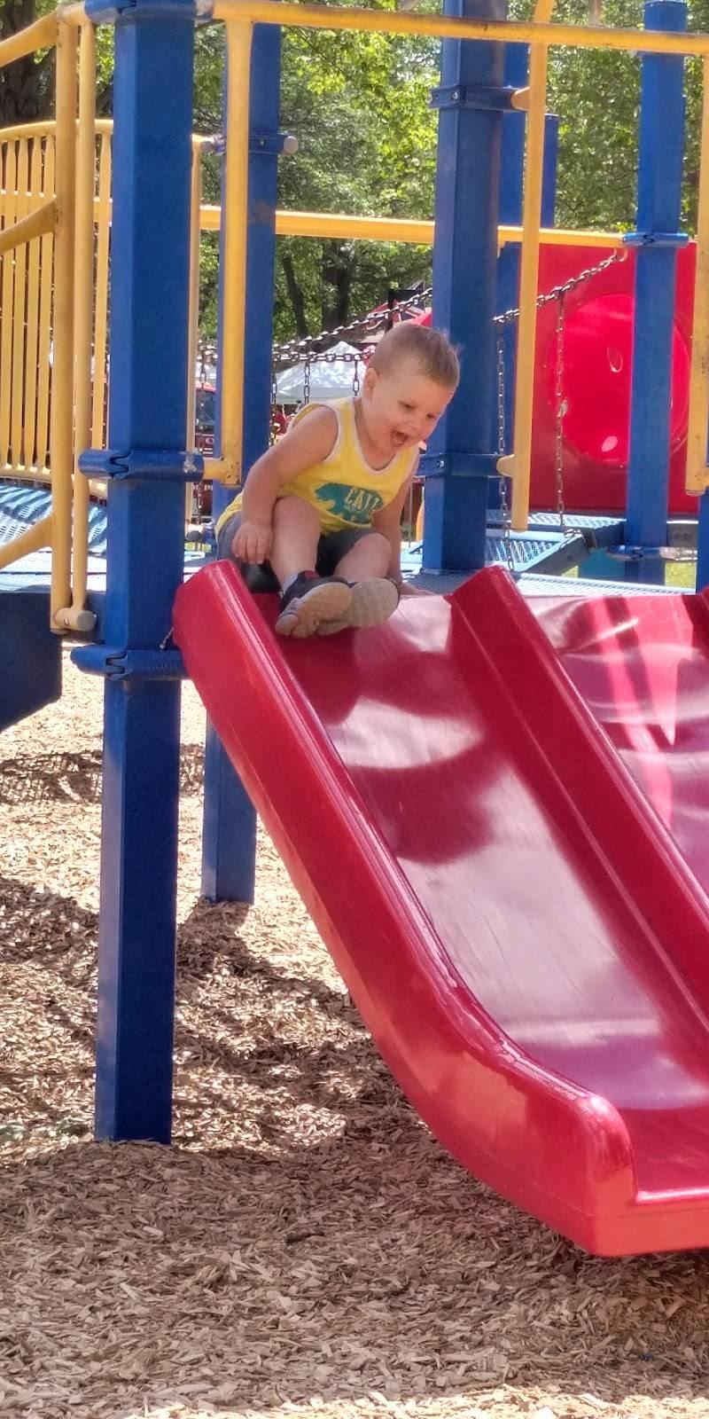 Center Line Parks & Recreation - park  | Photo 4 of 10 | Address: 25355 Lawrence Ave, Center Line, MI 48015, USA | Phone: (586) 757-1610