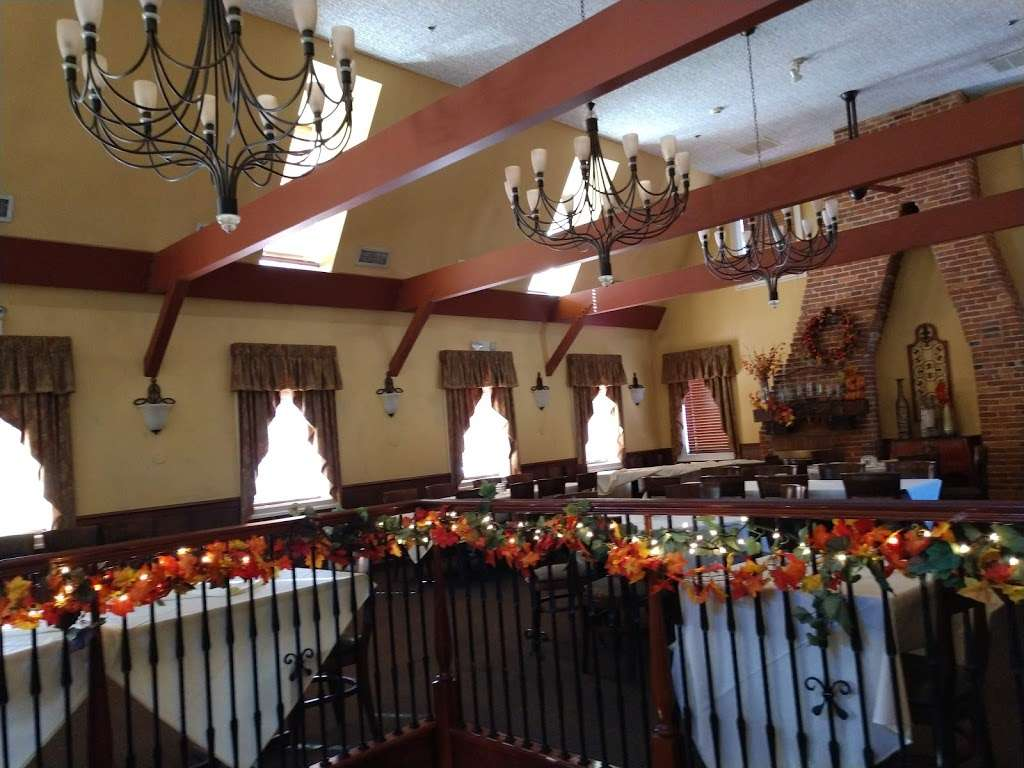 Filomenas Lakeview - restaurant  | Photo 5 of 10 | Address: 1738 Cooper St, Deptford Township, NJ 08096, USA | Phone: (856) 228-4235
