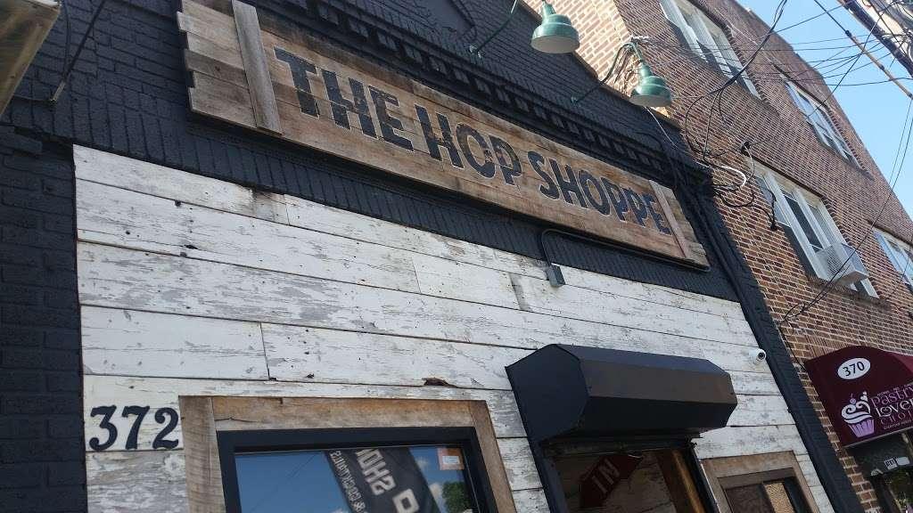 The Hop Shoppe - restaurant  | Photo 3 of 10 | Address: 372 Van Duzer St, Staten Island, NY 10304, USA | Phone: (718) 448-3400