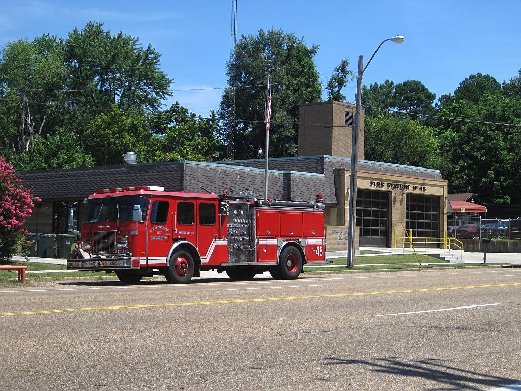 Memphis Fire Station #45 - fire station  | Photo 1 of 5 | Address: 5185 S 3rd St, Memphis, TN 38109, USA | Phone: (901) 785-5150