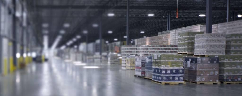 Lindner Logistics, LLC - storage  | Photo 1 of 9 | Address: 1977 S Allis St, Milwaukee, WI 53207, USA | Phone: (414) 483-3080
