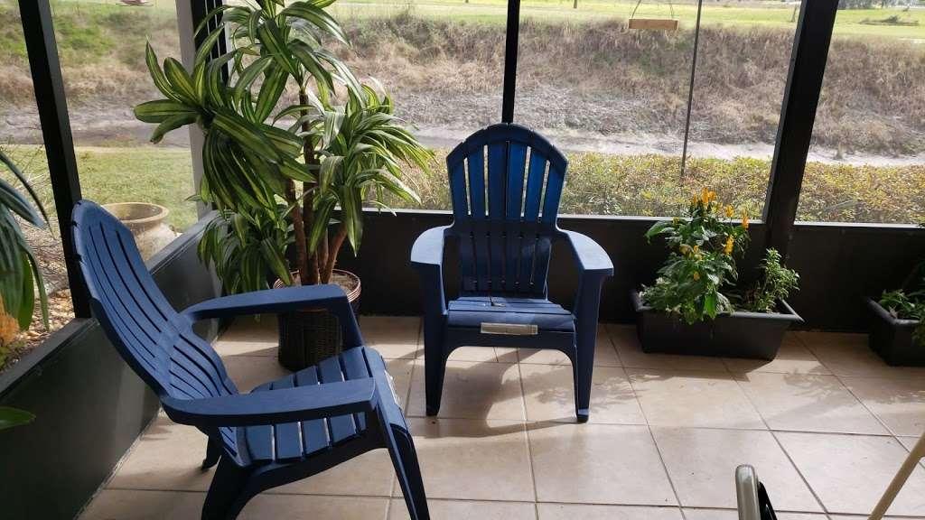 Majestic View Cottages - lodging    Photo 2 of 10   Address: Creekwood Ln, Mulberry, FL 33860, USA   Phone: (800) 519-3342