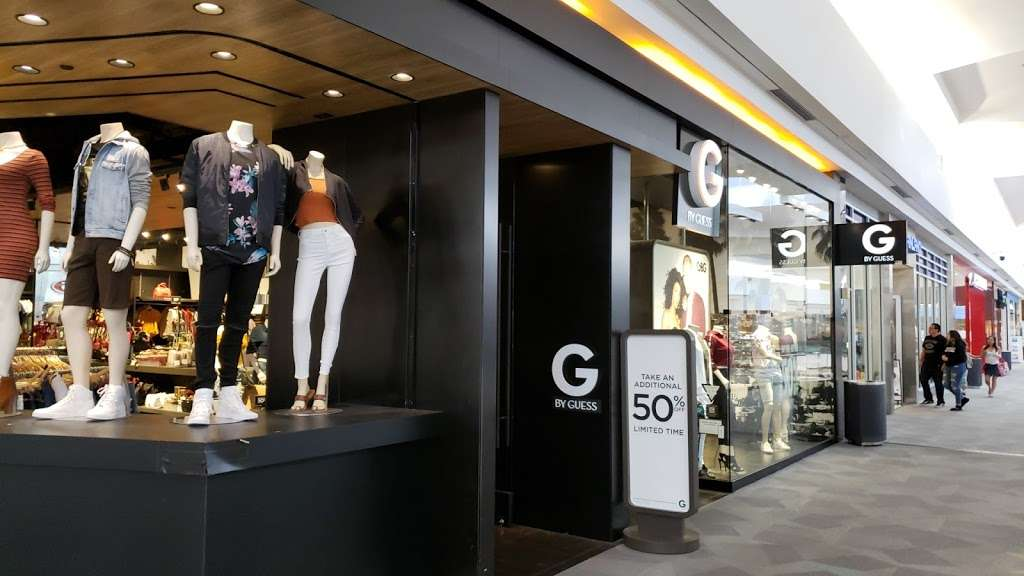 G by GUESS - clothing store  | Photo 6 of 6 | Address: EASTRIDGE MALL, 2200 Eastridge Loop #2048, San Jose, CA 95122, USA | Phone: (408) 238-2094