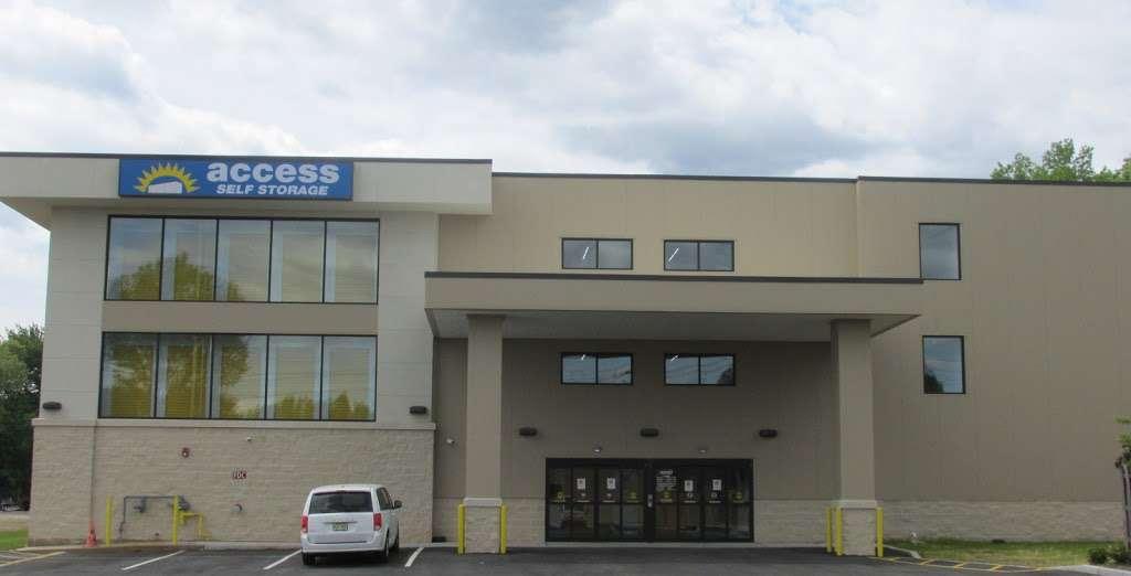 Access Self Storage - storage  | Photo 4 of 5 | Address: 635 N Midland Ave, Saddle Brook, NJ 07663, USA | Phone: (201) 408-6888