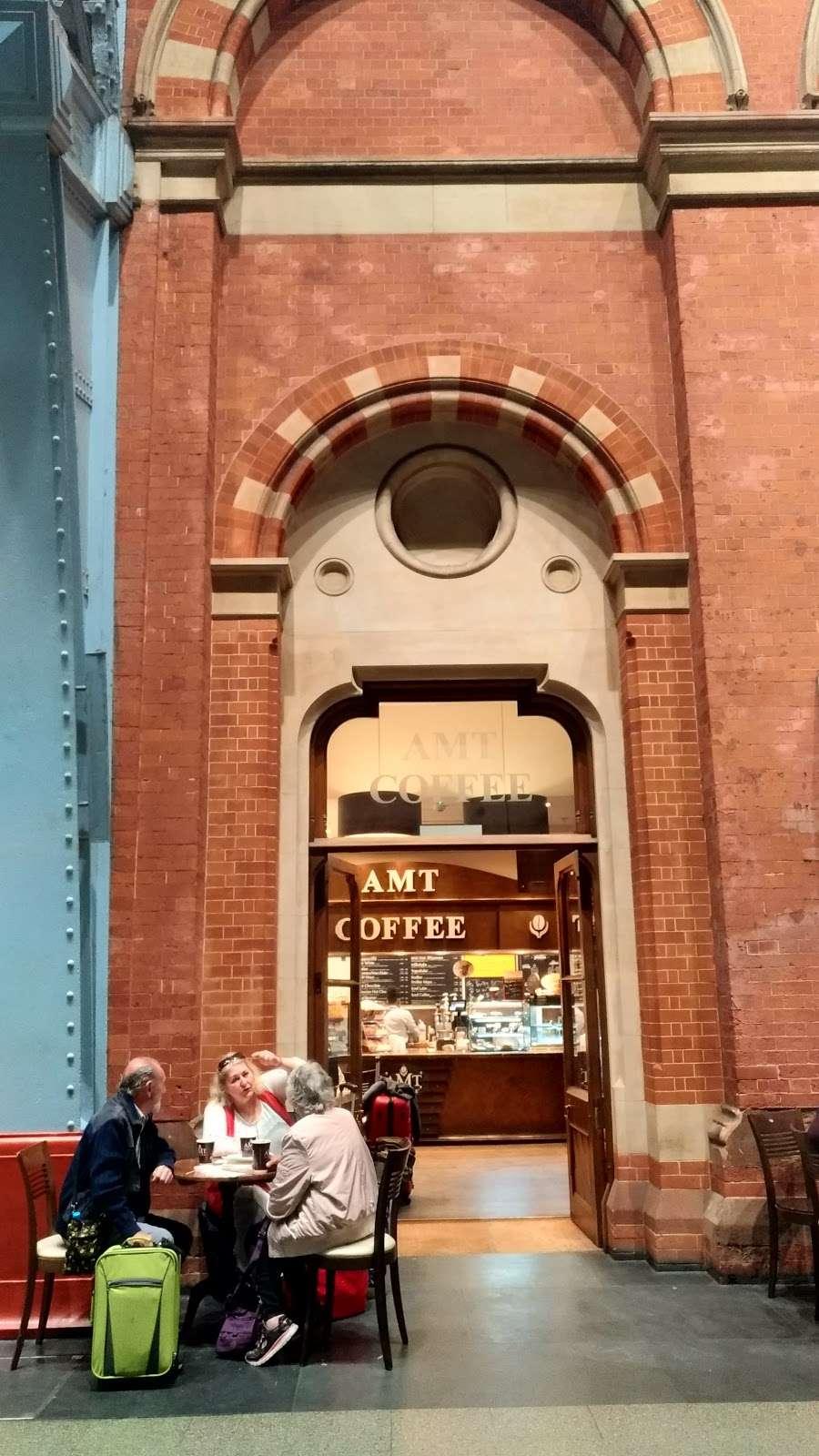 AMT Coffee - cafe  | Photo 2 of 10 | Address: Euston Rd, Kings Cross, London N1C 4QP, UK | Phone: 020 3772 4000