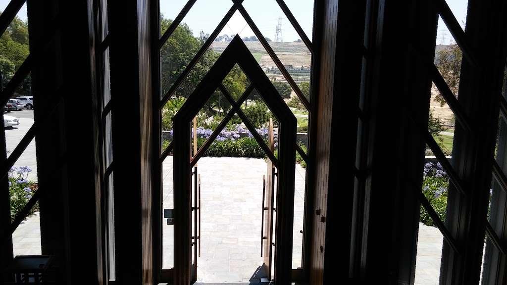 SkyRose Chapel at Rose Hills - church  | Photo 3 of 10 | Address: 3888 Workman Mill Rd, Whittier, CA 90601, USA | Phone: (562) 699-0921