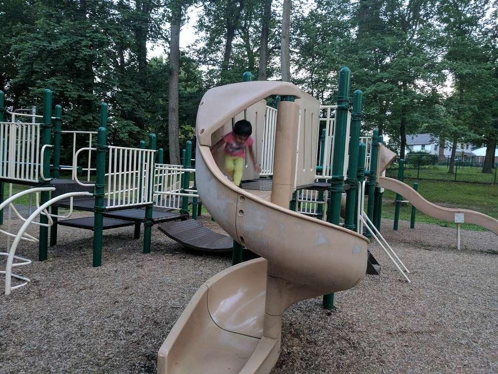 Crowell Park - park  | Photo 2 of 10 | Address: Springfield, PA 19064, USA