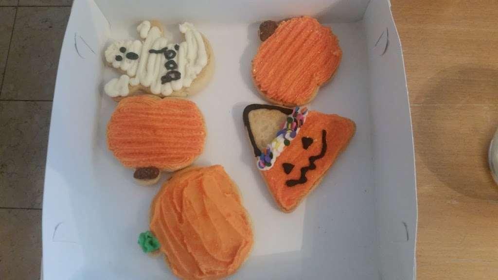 Bake Sale Patti - bakery  | Photo 4 of 10 | Address: 14791 Pomerado Rd, Poway, CA 92064, USA | Phone: (858) 746-5000