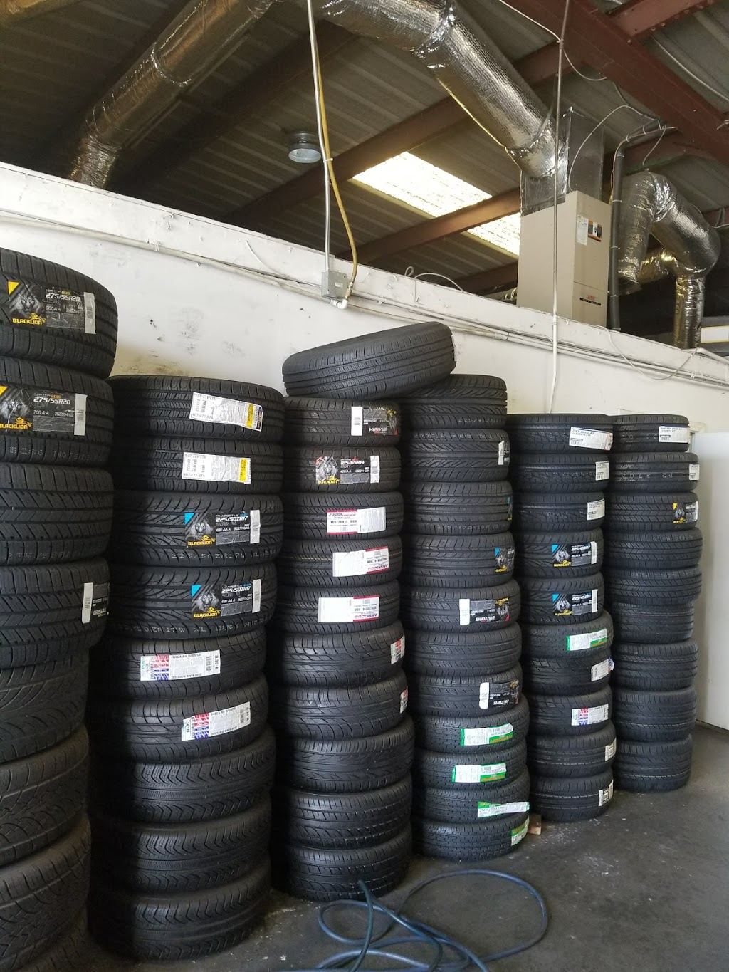 SPS Wheels And Tires - car repair  | Photo 2 of 10 | Address: 3232 Center St, Riverside, CA 92501, USA | Phone: (951) 788-3955