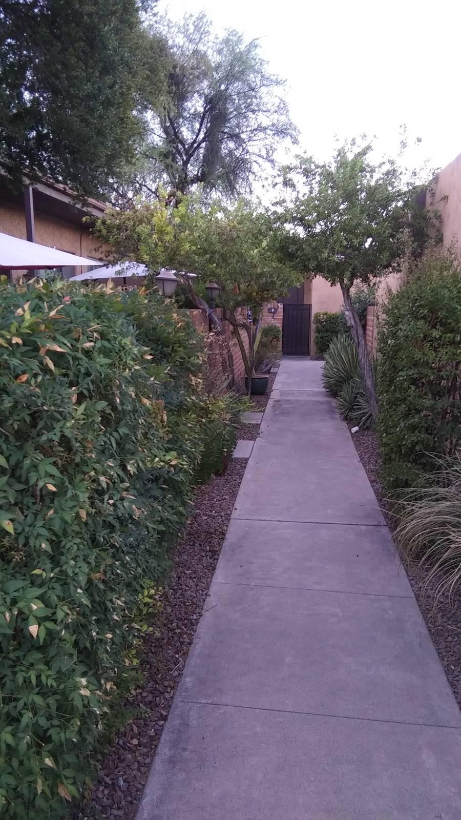 Riverside Suites - real estate agency    Photo 10 of 10   Address: 1725 E Limberlost Dr, Tucson, AZ 85719, USA   Phone: (520) 202-2210