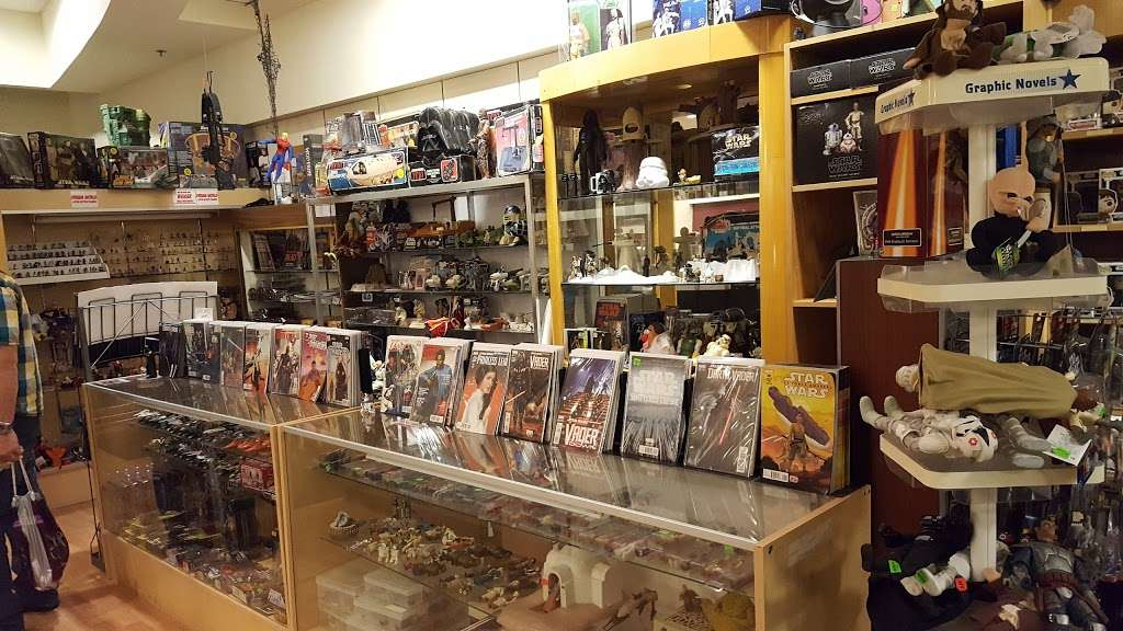 Dream World Collectibles - art gallery    Photo 3 of 10   Address: 1555 Simi Town Center Way #165, Simi Valley, CA 93065, USA   Phone: (805) 581-0409
