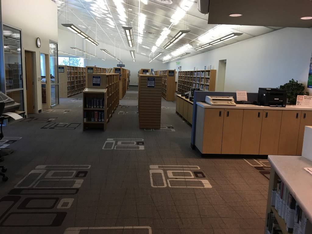 South Valleys Library - library  | Photo 3 of 9 | Address: 15650 Wedge Pkwy, Reno, NV 89511, USA | Phone: (775) 851-5190