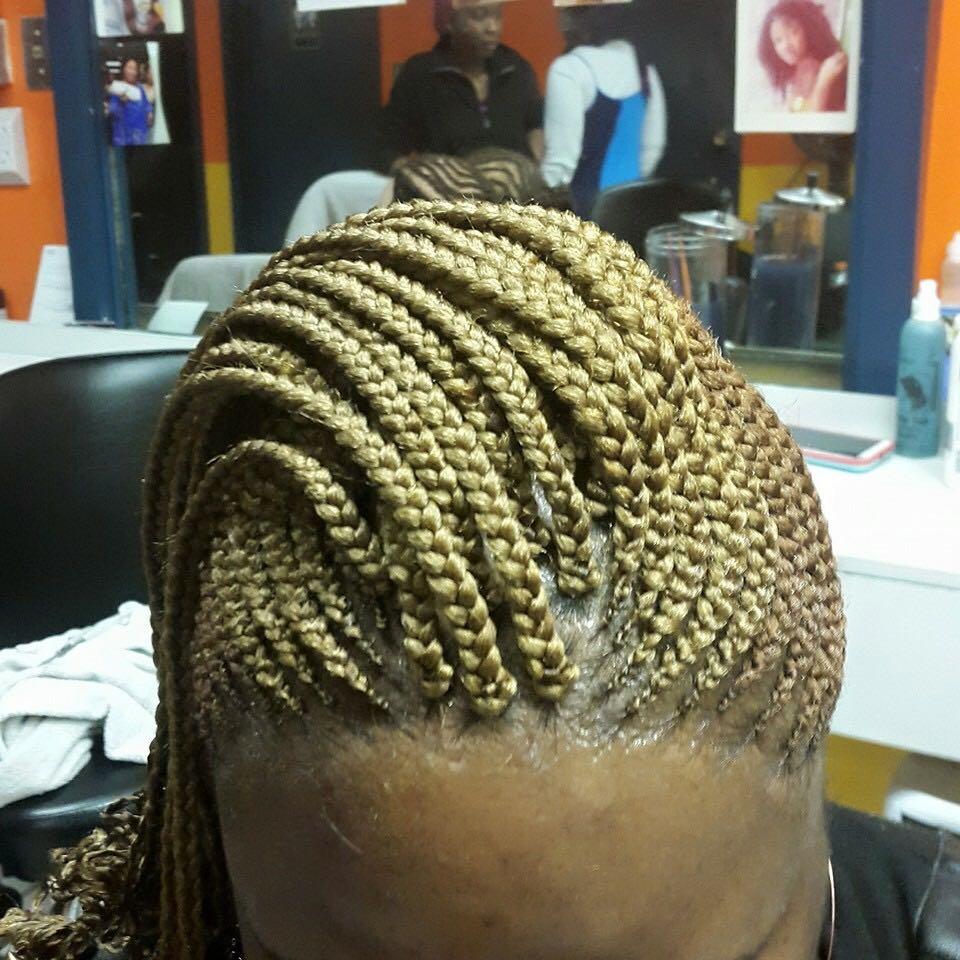 MASS & KADY Professional African Hair Braiding - hair care    Photo 2 of 15   Address: 1592 Oakland Park Ave, Columbus, OH 43224, USA   Phone: (614) 622-0166