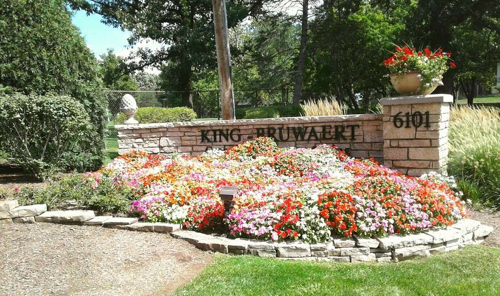King Bruwaert House - health  | Photo 9 of 10 | Address: 6101 County Line Rd, Burr Ridge, IL 60527, USA | Phone: (630) 323-2250