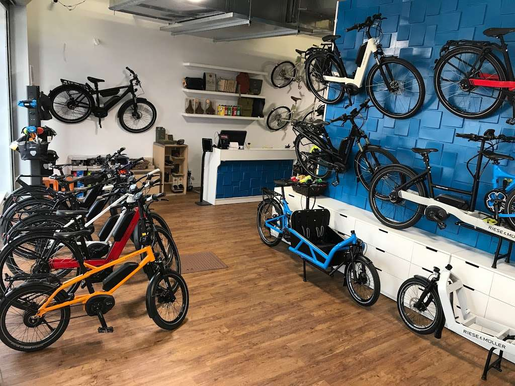 Propel Electric Bikes - bicycle store  | Photo 2 of 10 | Address: 134 Flushing Ave, Brooklyn, NY 11205, USA | Phone: (718) 643-4542