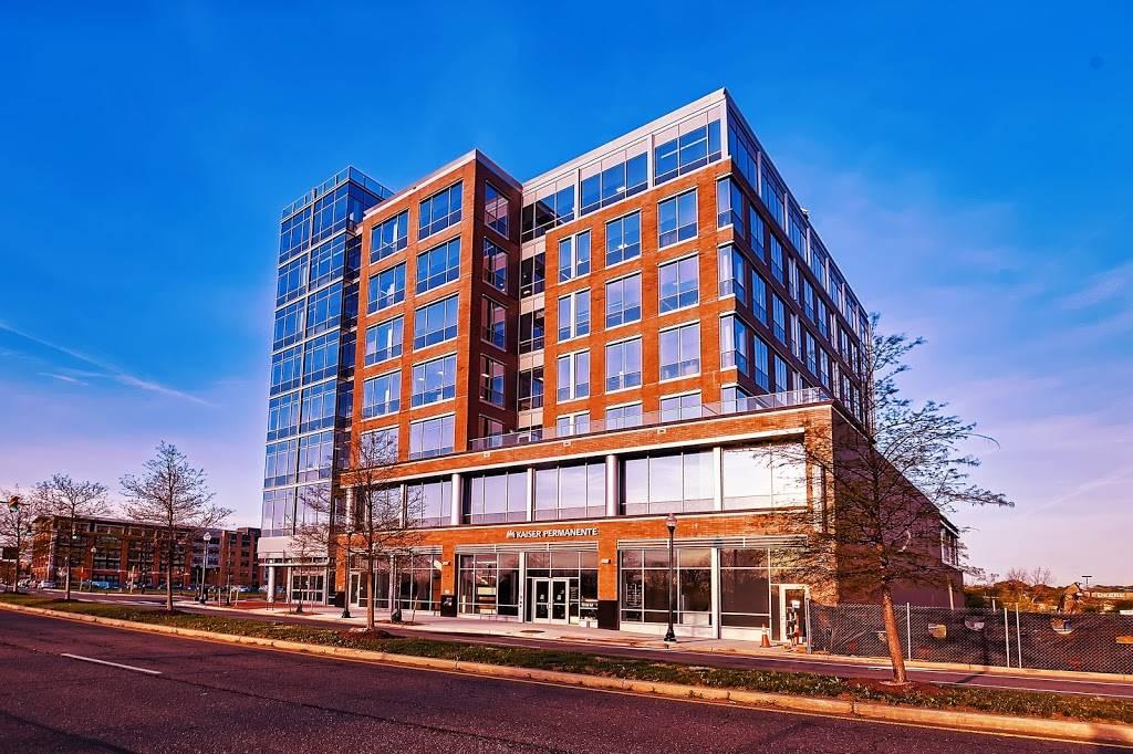 Kaiser Permanente Alexandria Medical Center - hospital  | Photo 5 of 10 | Address: 3000 Potomac Ave, Alexandria, VA 22301, USA | Phone: (703) 721-6300