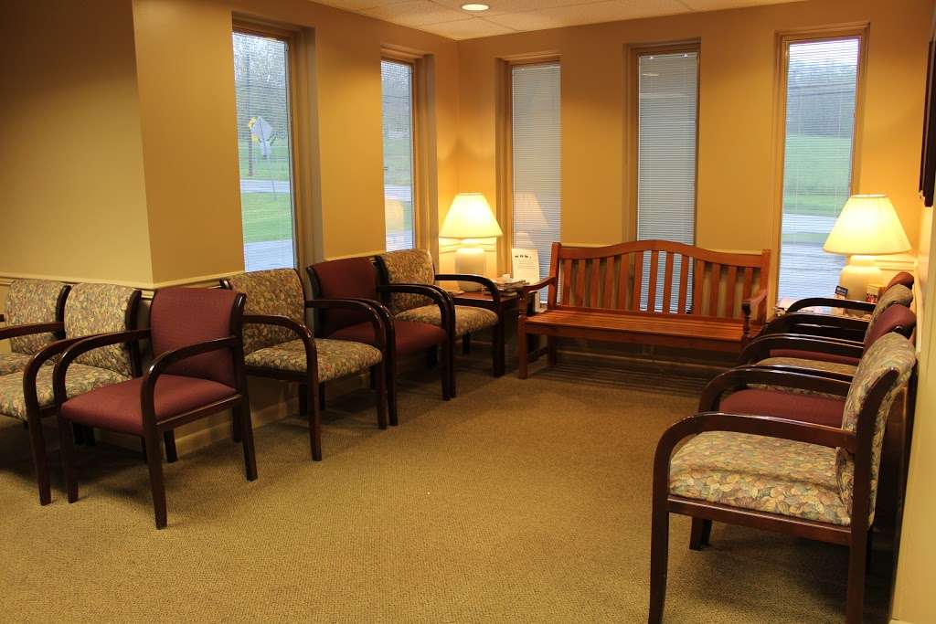 WellSpan Family Medicine - Terre Hill - doctor  | Photo 4 of 7 | Address: 770 Broad St, East Earl, PA 17519, USA | Phone: (717) 445-4576