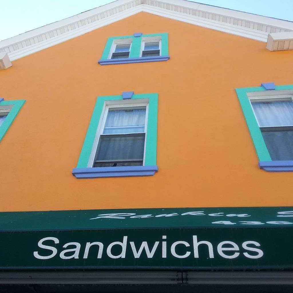 Rankin St Deli - cafe  | Photo 5 of 10 | Address: 48 Rankin St, Elizabeth, NJ 07206, USA | Phone: (908) 436-0577