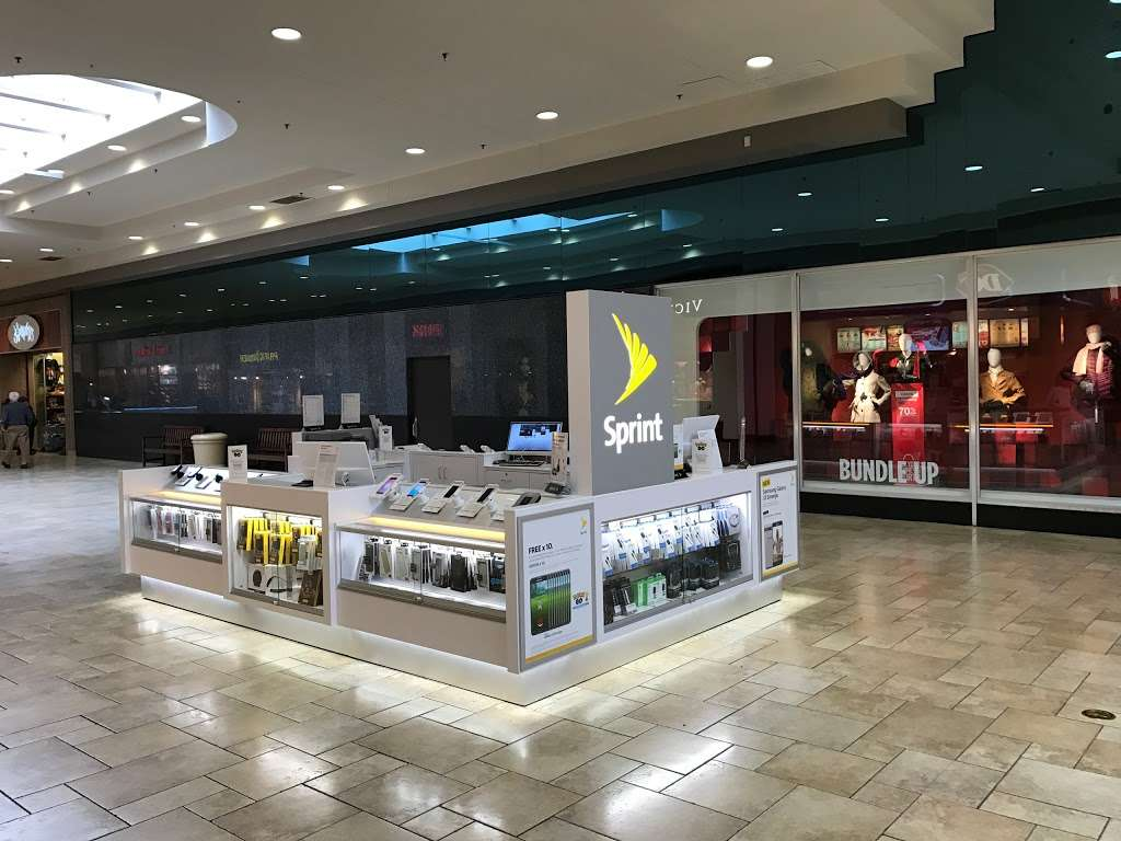 Sprint - electronics store    Photo 1 of 2   Address: 100 Viewmont Mall K-017, Scranton, PA 18508, USA   Phone: (570) 468-1008