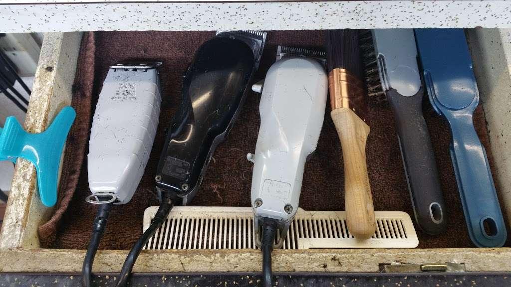Toms Barber - hair care  | Photo 3 of 10 | Address: 6031 Wilson Blvd, Arlington, VA 22205, USA | Phone: (703) 241-1335