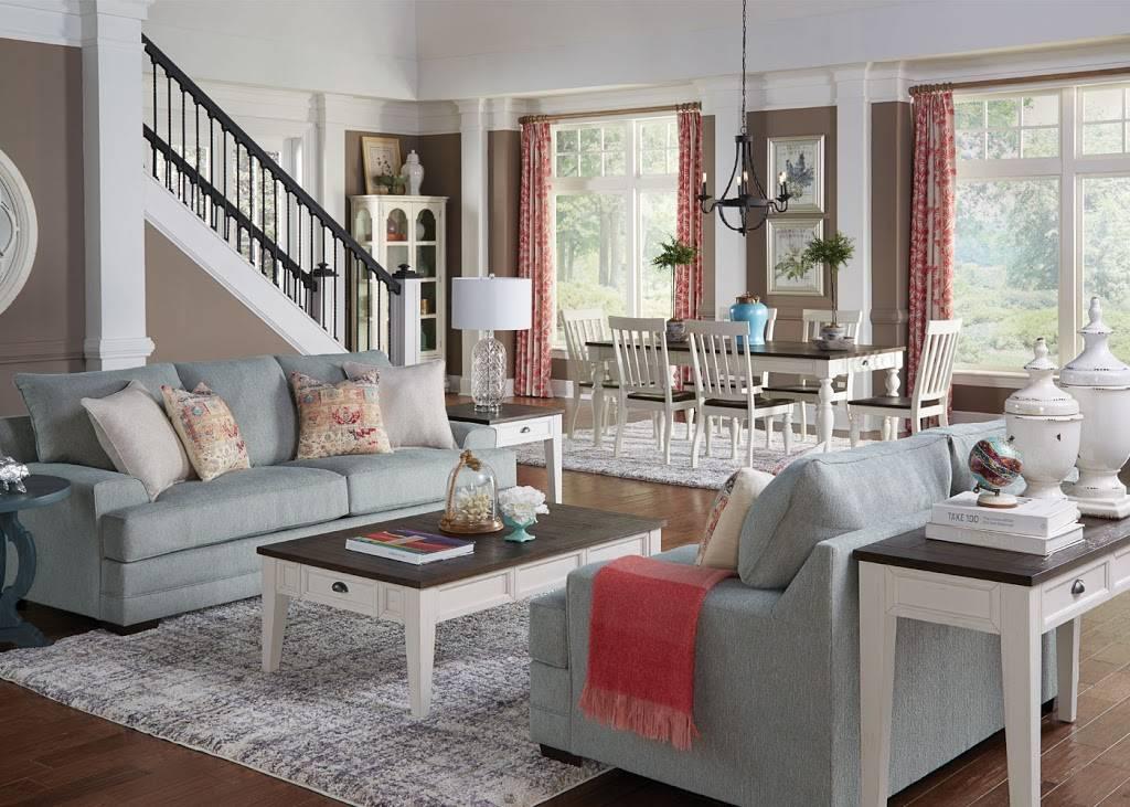 Badcock Home Furniture &more - furniture store  | Photo 8 of 9 | Address: 3800 Reynolda Rd Ste 180, Winston-Salem, NC 27106, USA | Phone: (336) 306-8140