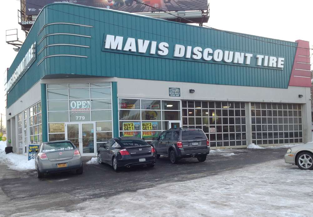 Mavis Discount Tire - car repair  | Photo 3 of 10 | Address: 779 Central Park Ave, South Dr, Yonkers, NY 10704, USA | Phone: (914) 966-3400