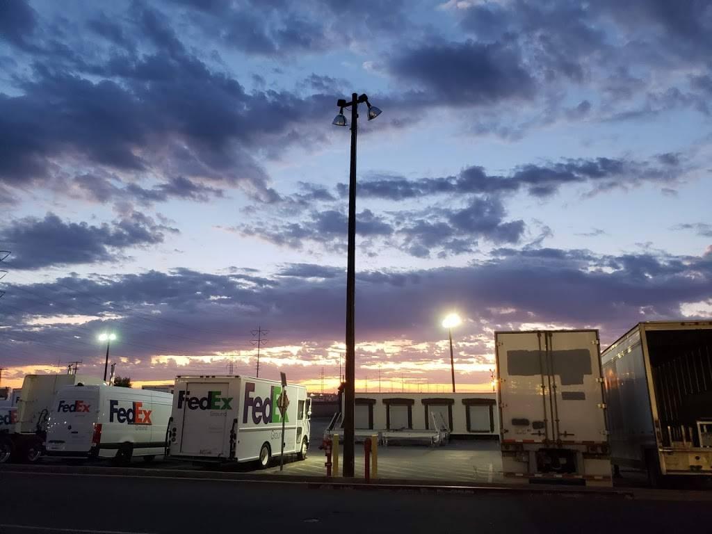 FedEx Ground - moving company  | Photo 2 of 8 | Address: 8200 Elder Creek Rd, Sacramento, CA 95824, USA | Phone: (800) 463-3339