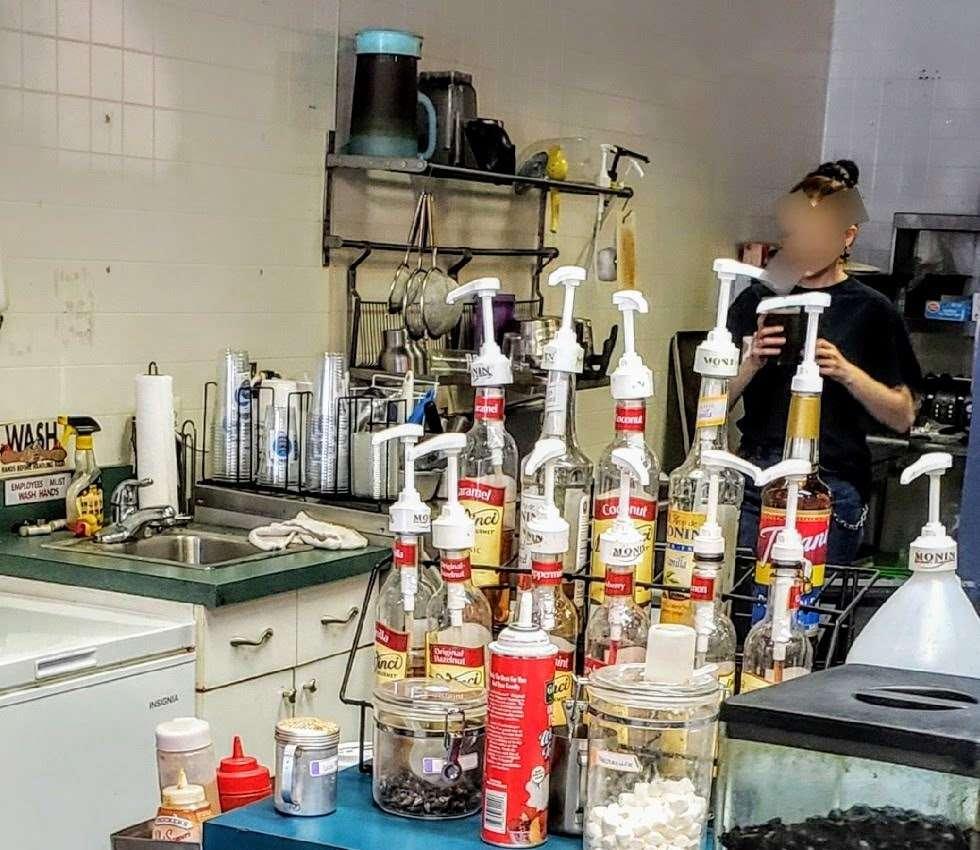 Stray Cat Brew - cafe  | Photo 1 of 10 | Address: 108 W Pleasant Ave, Maywood, NJ 07607, USA | Phone: (201) 682-6306