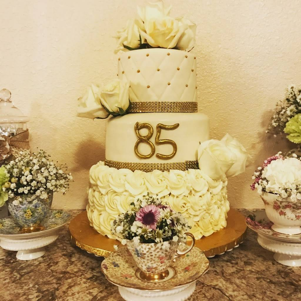 The Sweet Art of Cake - bakery  | Photo 5 of 8 | Address: 31101 Mission Blvd, Hayward, CA 94544, USA | Phone: (510) 342-9502