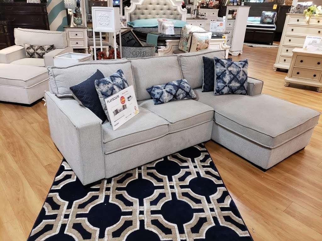 Bobs Discount Furniture - furniture store    Photo 8 of 10   Address: 2520 Flatbush Ave, Brooklyn, NY 11234, USA   Phone: (347) 415-8307