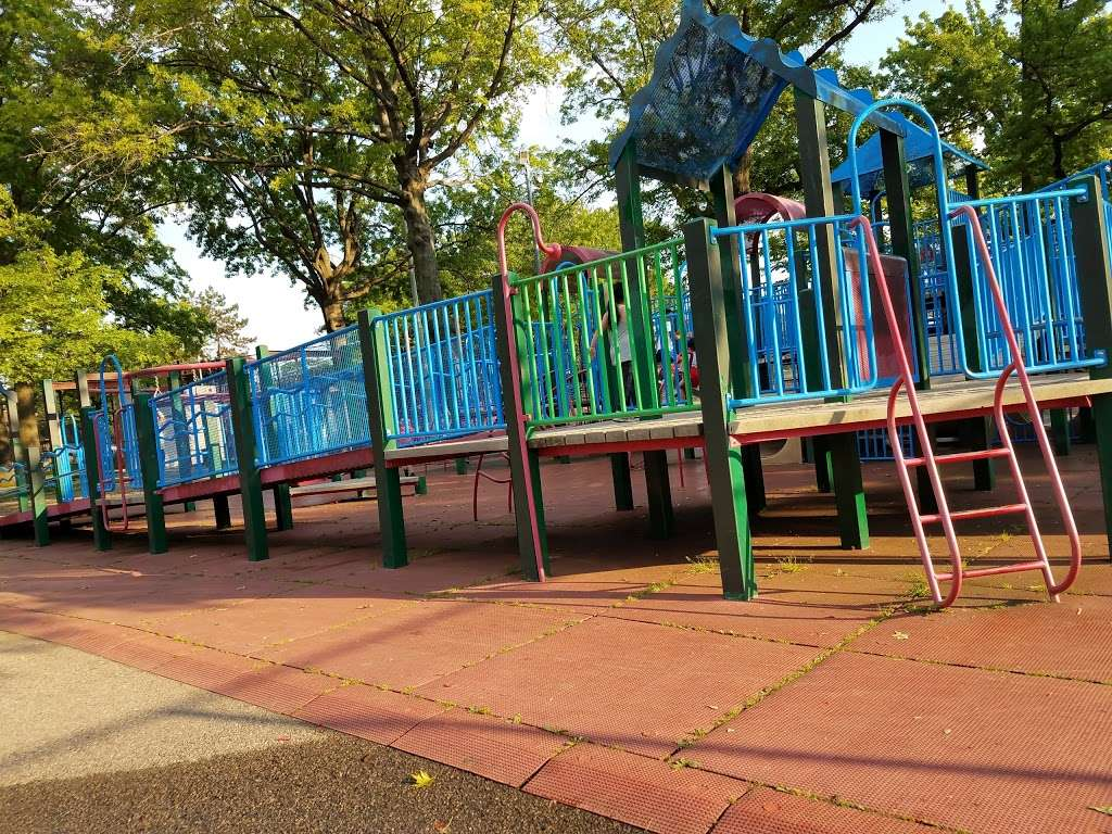 Frank Principe Park - park  | Photo 7 of 10 | Address: 63rd Street, Maurice Ave, Maspeth, NY 11378, USA | Phone: (212) 639-9675