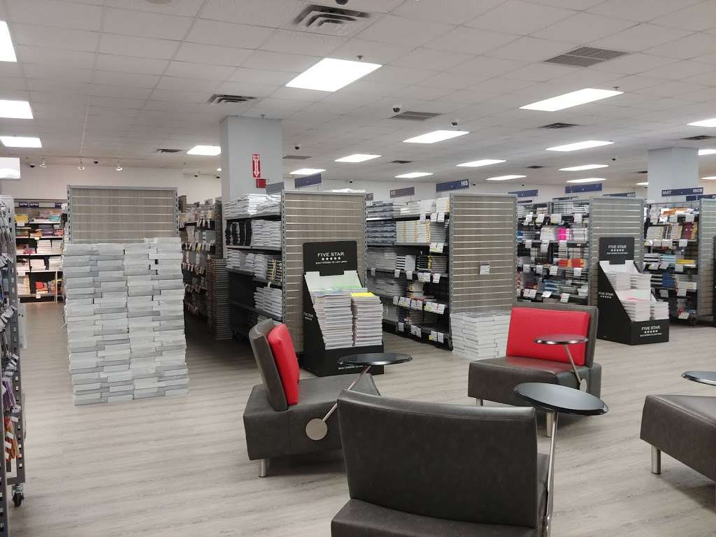 FAU Book Store - book store  | Photo 2 of 10 | Address: 777 Glades Rd, Boca Raton, FL 33431, USA | Phone: (561) 297-3720