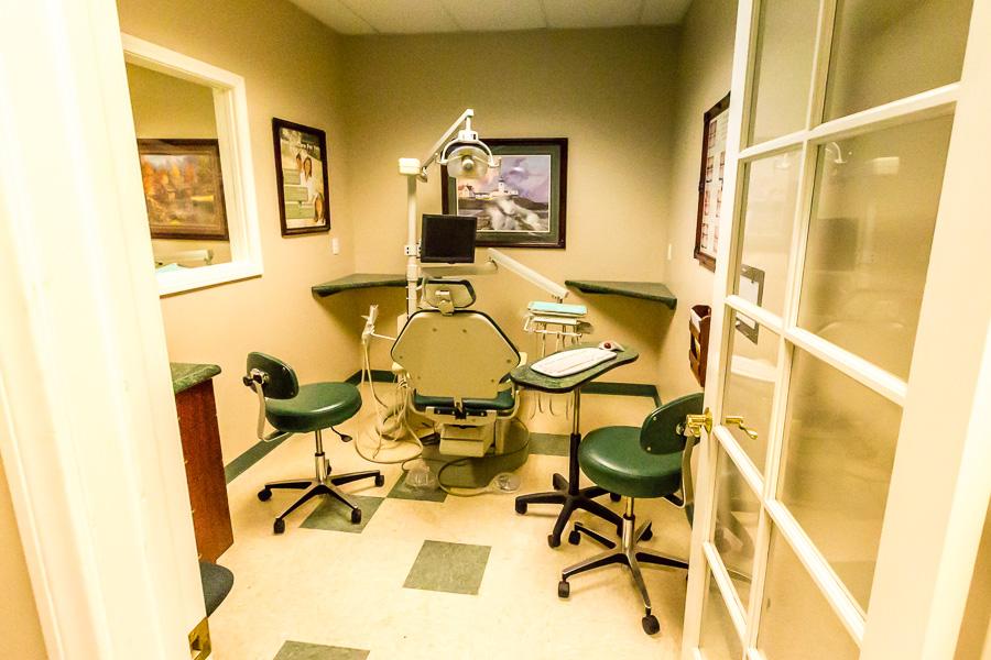 Riverside Dental office - dentist  | Photo 4 of 10 | Address: 1485 University Ave, Riverside, CA 92507, USA | Phone: (951) 784-4441