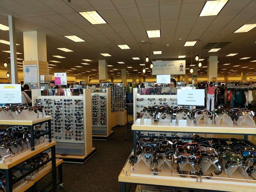Nordstrom Rack South Bay MarketPlace - clothing store  | Photo 3 of 10 | Address: 1517 Hawthorne Blvd, Redondo Beach, CA 90278, USA | Phone: (424) 254-2448