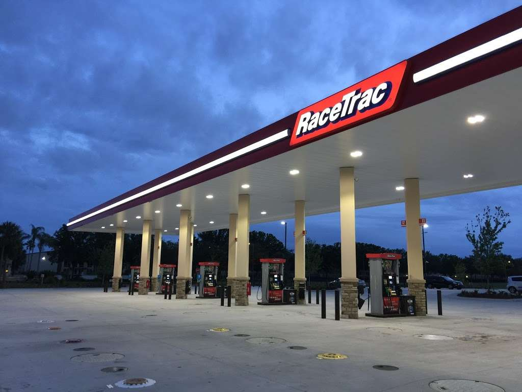 RaceTrac - gas station  | Photo 4 of 10 | Address: 12136 S John Young Pkwy, Orlando, FL 32837, USA | Phone: (407) 363-7788