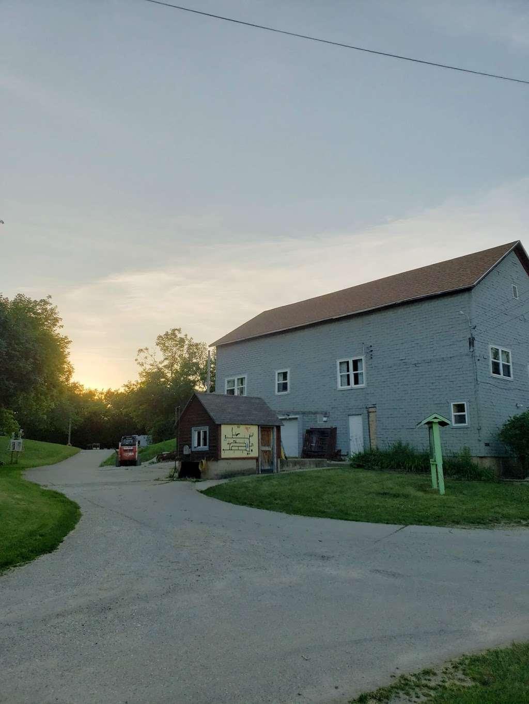 Sun Ray Hills - campground  | Photo 4 of 10 | Address: 7148 McHenry St, Burlington, WI 53105, USA | Phone: (262) 539-2592