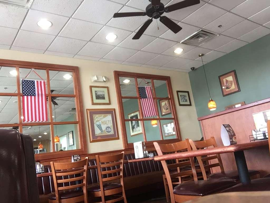 Dennys - restaurant  | Photo 7 of 10 | Address: 6920 S Fry Rd, Katy, TX 77494, USA | Phone: (281) 347-1333