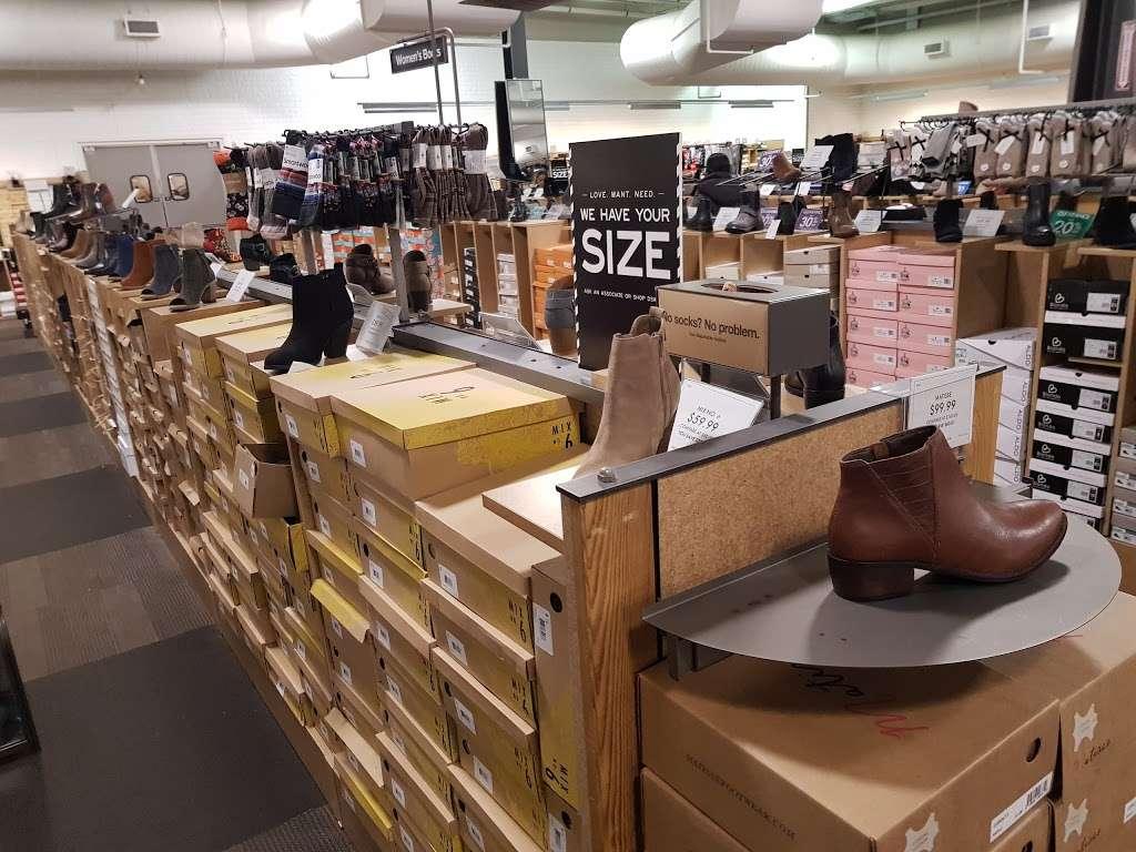 DSW Designer Shoe Warehouse - shoe store  | Photo 6 of 10 | Address: 60 State Route 17 North, Paramus, NJ 07652, USA | Phone: (201) 291-0505