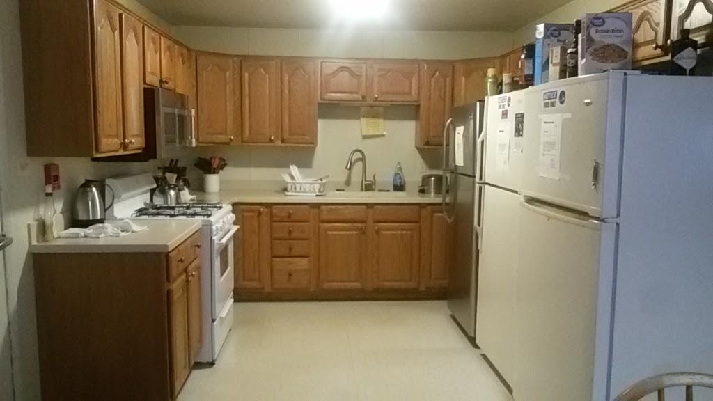 Fermilab Village House - lodging  | Photo 2 of 10 | Address: 18 Potawatomi Blvd, Fermilab, Batavia, IL 60510, USA