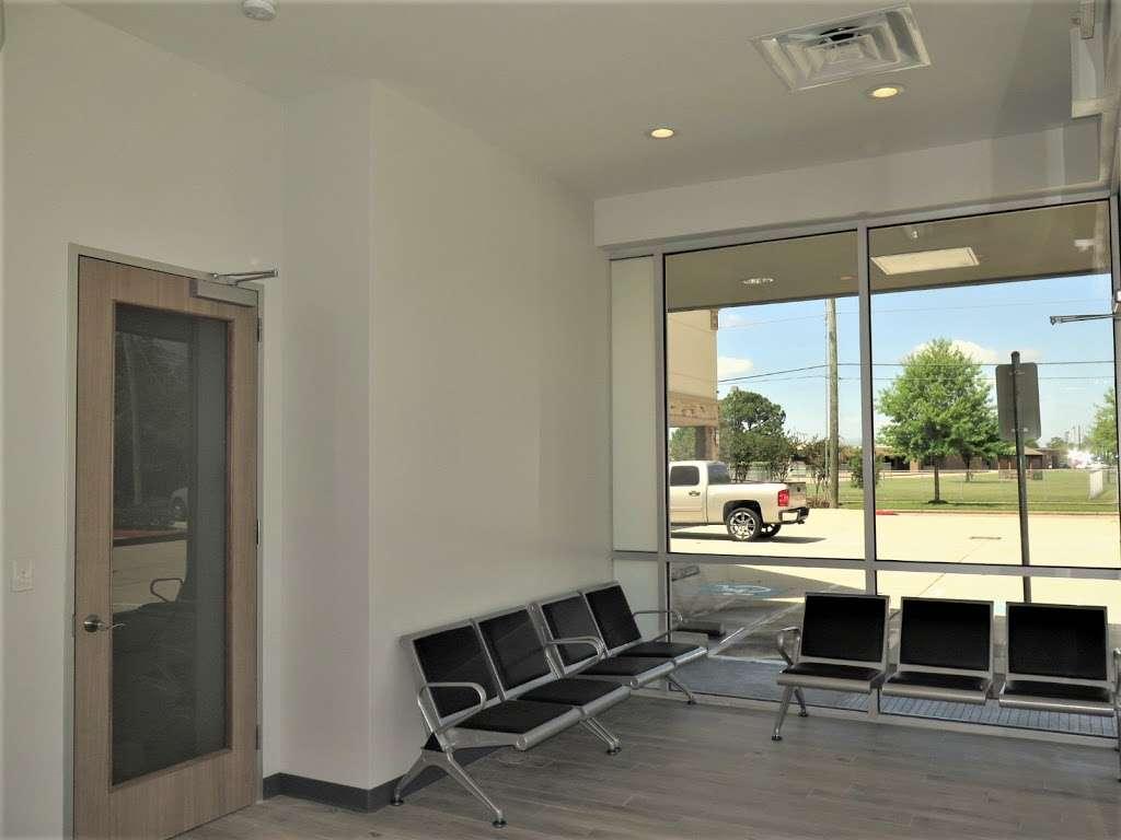 Blackhawk Dental - dentist  | Photo 4 of 7 | Address: 10304 Blackhawk Blvd Suite A, Houston, TX 77089, USA | Phone: (832) 288-2753