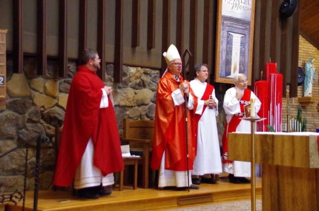 Sacred Heart Catholic Church - church  | Photo 2 of 3 | Address: 201 Bach St, La Porte, IN 46350, USA | Phone: (219) 362-2815