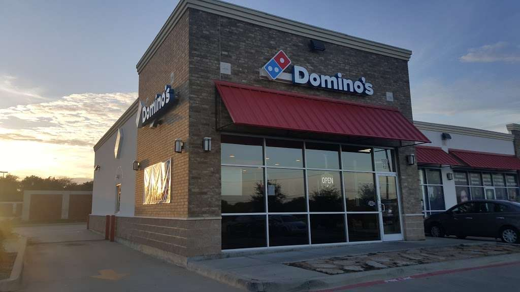 Dominos Pizza - meal delivery    Photo 2 of 9   Address: 1305 N Bluegrove Rd, Lancaster, TX 75134, USA   Phone: (972) 227-3015