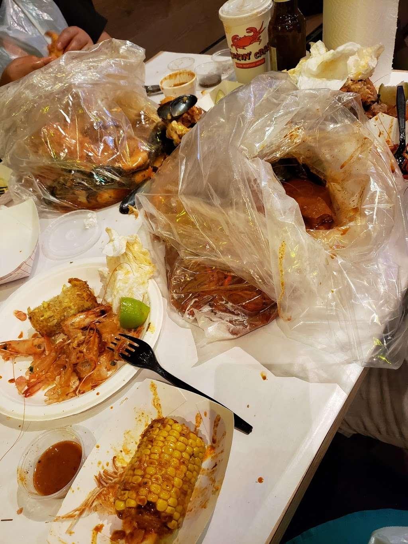 The Kickin Crab - restaurant  | Photo 6 of 10 | Address: 8300 La Palma Ave A6, Buena Park, CA 90620, USA | Phone: (714) 828-8788