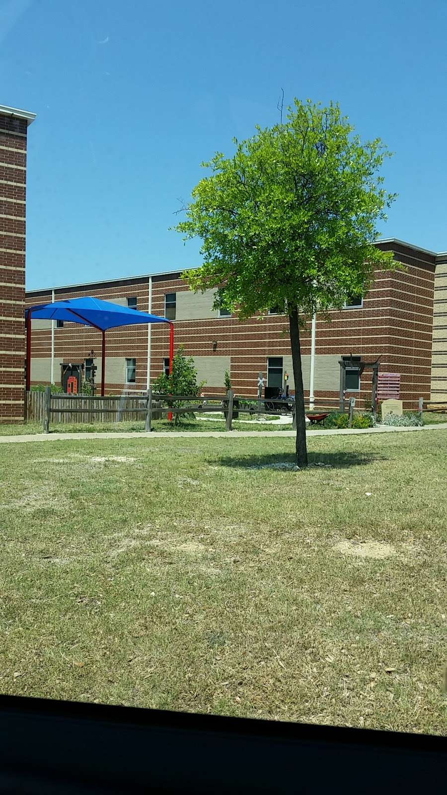 Jerry R. Junkins Elementary School - school  | Photo 2 of 2 | Address: 2808 Running Duke Dr, Carrollton, TX 75006, USA | Phone: (972) 502-2400