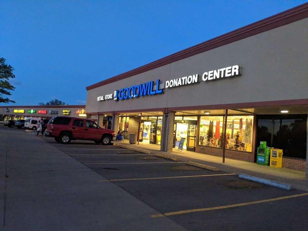 Goodwill Boulder - furniture store  | Photo 7 of 10 | Address: 2486 Baseline Rd, Boulder, CO 80305, USA | Phone: (303) 494-5145