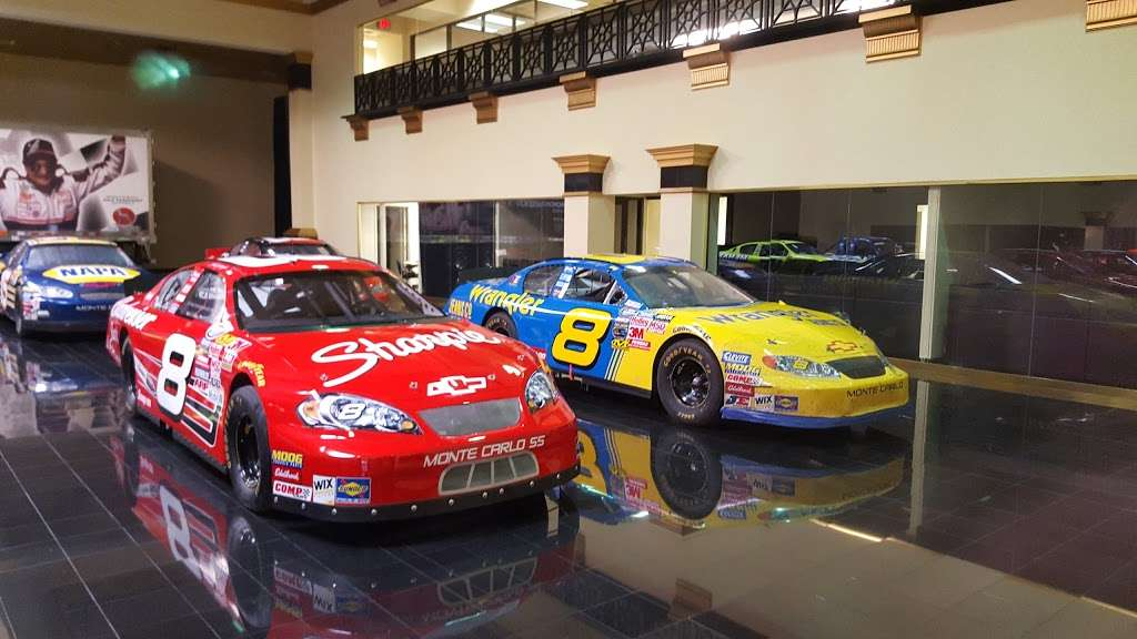 Dale Earnhardt Inc - museum    Photo 1 of 10   Address: 1675 NC-3, Mooresville, NC 28115, USA   Phone: (704) 662-8000
